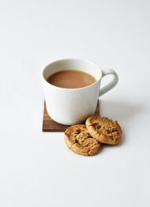 photo of hot drink with cookies
